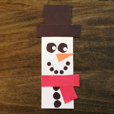 DIY Holiday Bookmark | www.GigglingCaravan.com